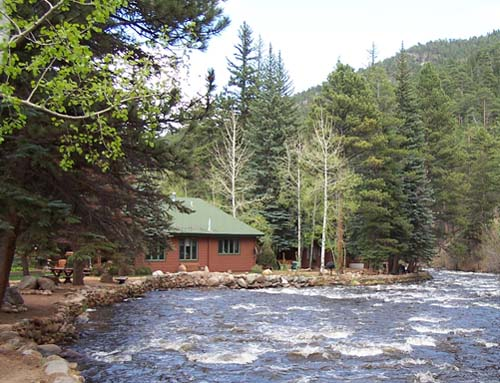 River Spruce Cabins – Lesbian Owned Colorado Vacation Rentals