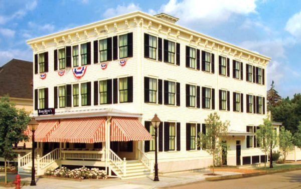 Hotel Fauchere – Poconos Gay Owned Hotel