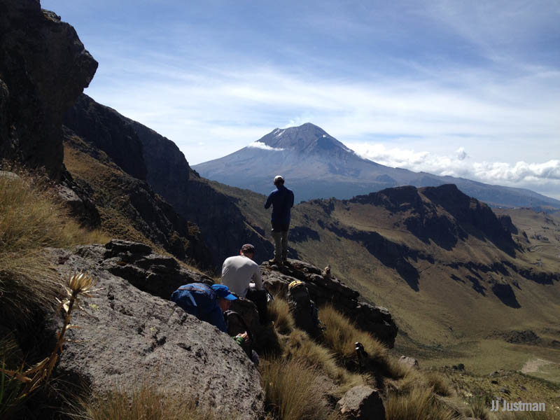 Mexico Volcanoes: Wittmier & Team Move Up to Ixta's High Camp
