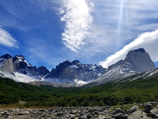 TORRES DEL PAINE: KING & TEAM TREK TO LOS PERROS CAMP
